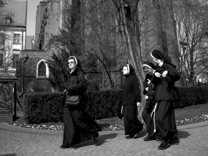 Poland_Nuns